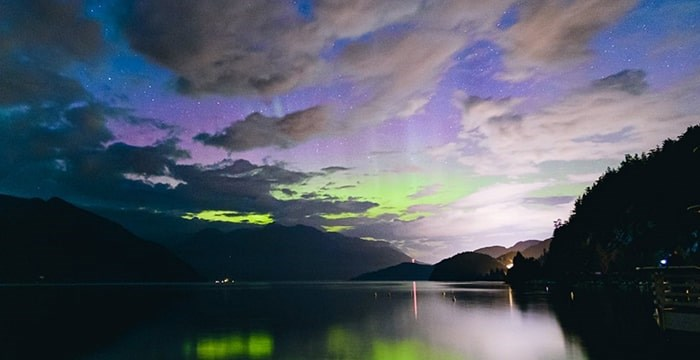 Our daily photo is from @geraldonlas of the Northern Lights putting on a show at Porteau Cove Provincial Park in Squamish B.C.