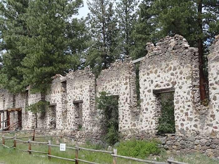 Ruins Photo:Castle Resort