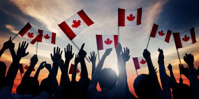 Photo: Canadian flags / Shutterstock