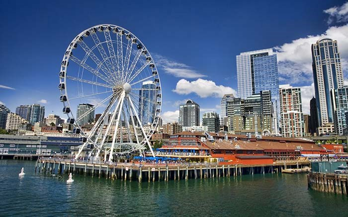 The Seattle Great Wheel is located at Pier 57, part of the city's popular waterfront area. Photo Seattle Great Wheel
