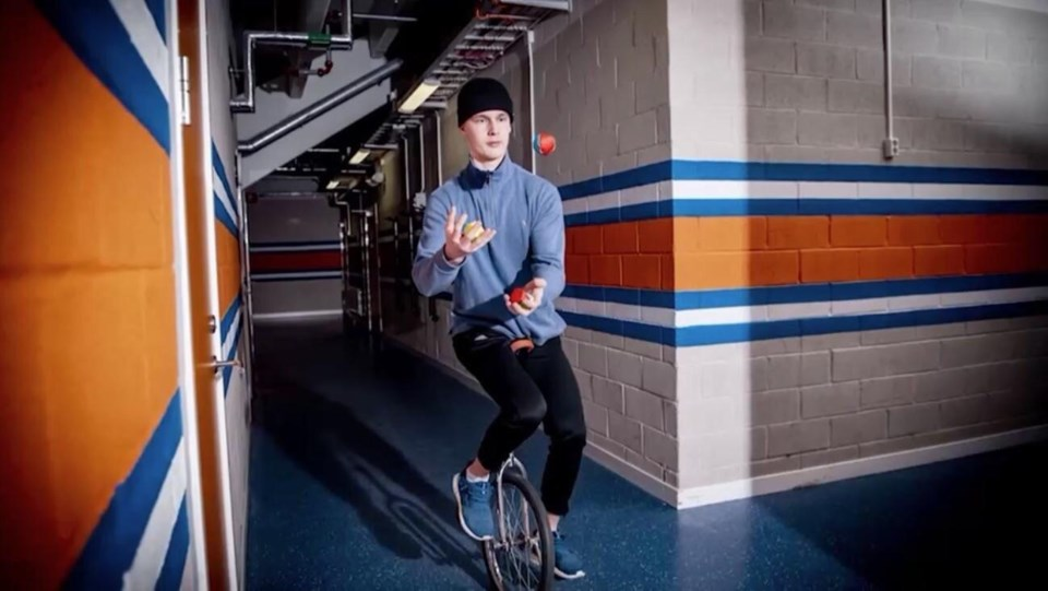 Elias Pettersson on a unicycle
