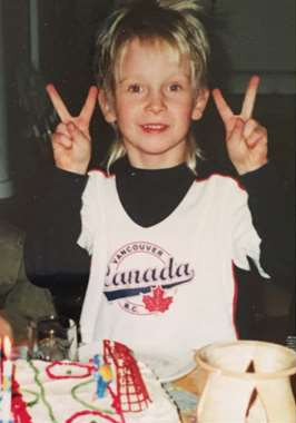 Five-year-old Elias Pettersson in a Vancouver shirt