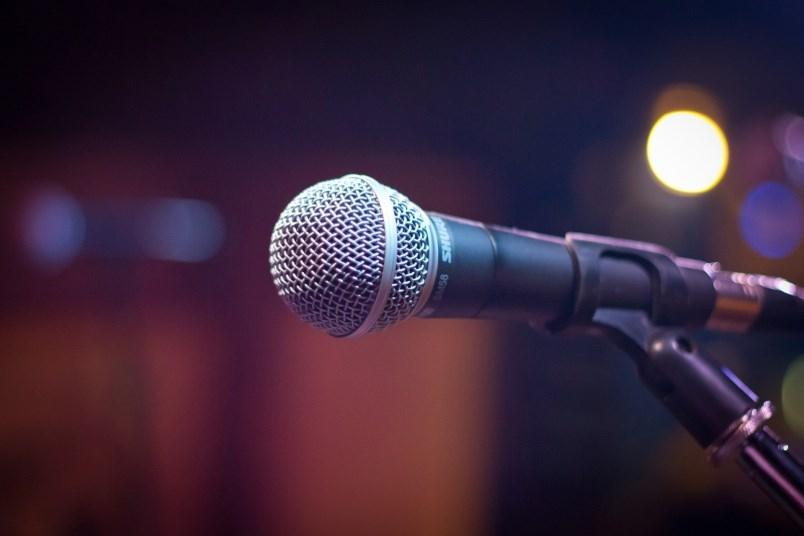 microphone-stock-photo-pixabay