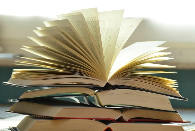 books-stock-photo-pexels