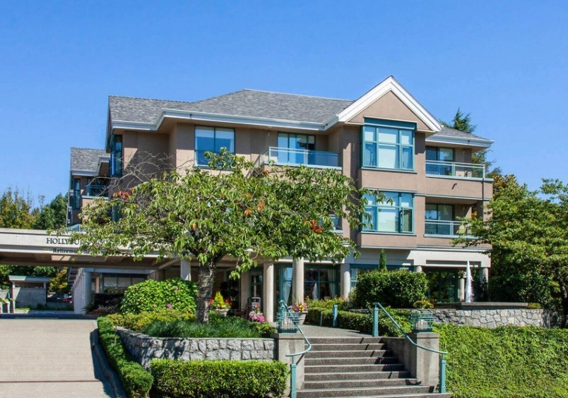 COVID-19 outbreak declared at Hollyburn House in West Vancouver