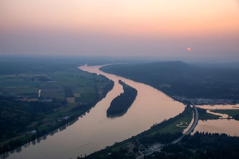 smoky-skies-fraser-river