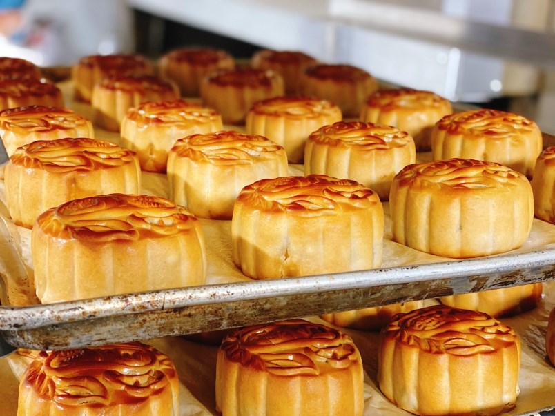 richmond-bakery-in-overdrive-pumping-out-mooncakes-to-create-stability-in-an-uncertain-time-0