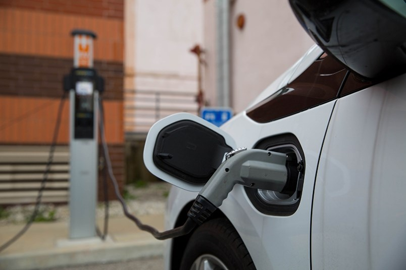 Electric vehicles is one of the best ways to reduce our carbon footprint when it comes to considering the way we move about.