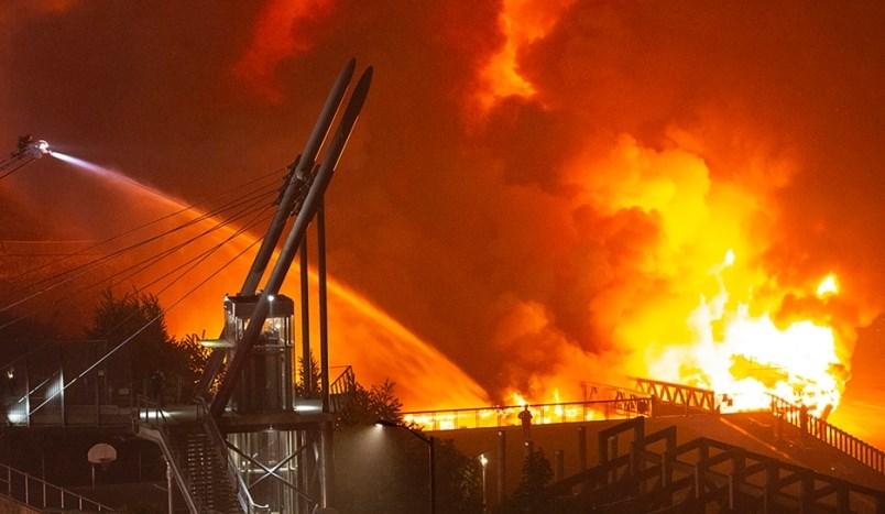 westminster-pier-park-fire