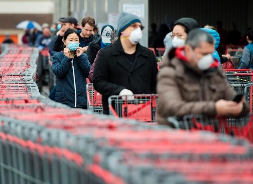 B.C. shoppers with mask nsd10757974-jpg