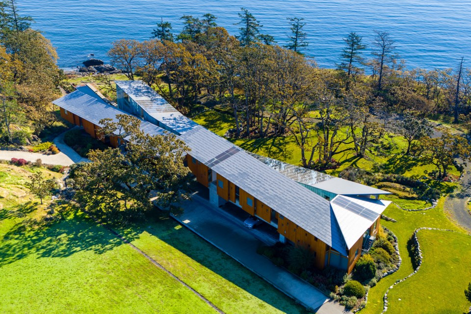 Seven-bedroom waterfront home, listed at $14.1 million, drew international interest.  |Sotheby's