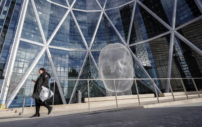 Investor vows to vote against Encana moving HQ from Calgary to Denver