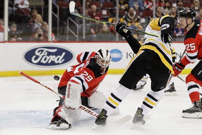 Mackenzie Blackwood stops 38 shots; Devils top Penguins 2-1