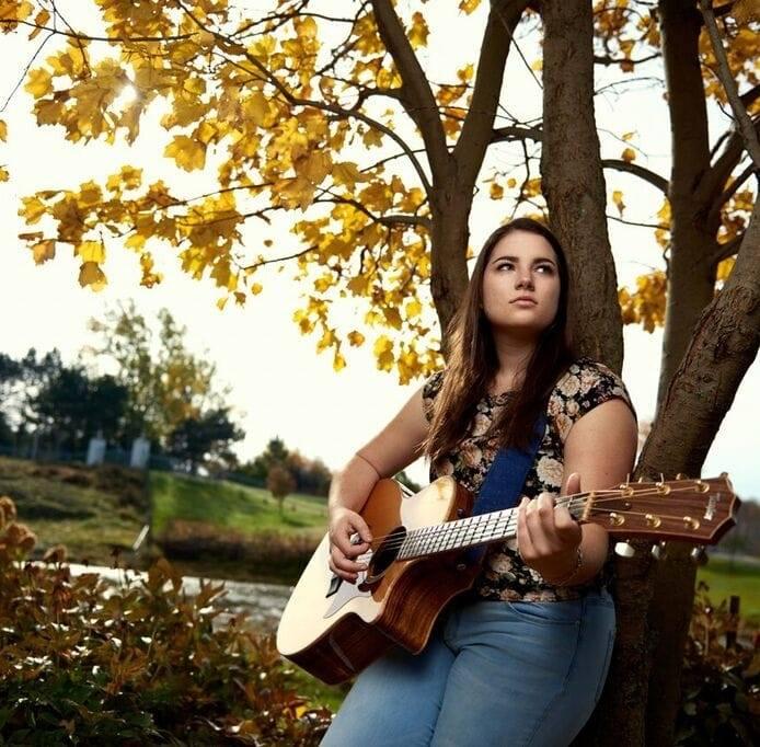 Enjoy an 'atmospheric journey' with Sudbury musician Brooke Bruce at Nov. 23 concert